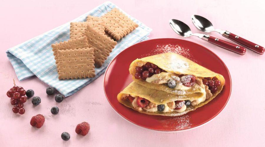 Top slider image for Γλυκές κρέπες με κρέμα, φρούτα του δάσους και Πτι Μπερ Παπαδοπούλου