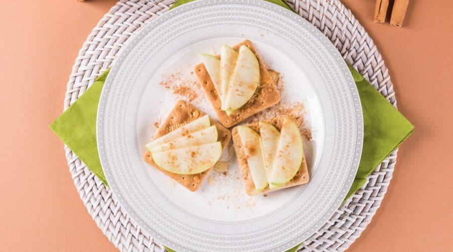 Top slider image for Ελαφρύ brunch με Cream Crackers με πράσινο μήλο