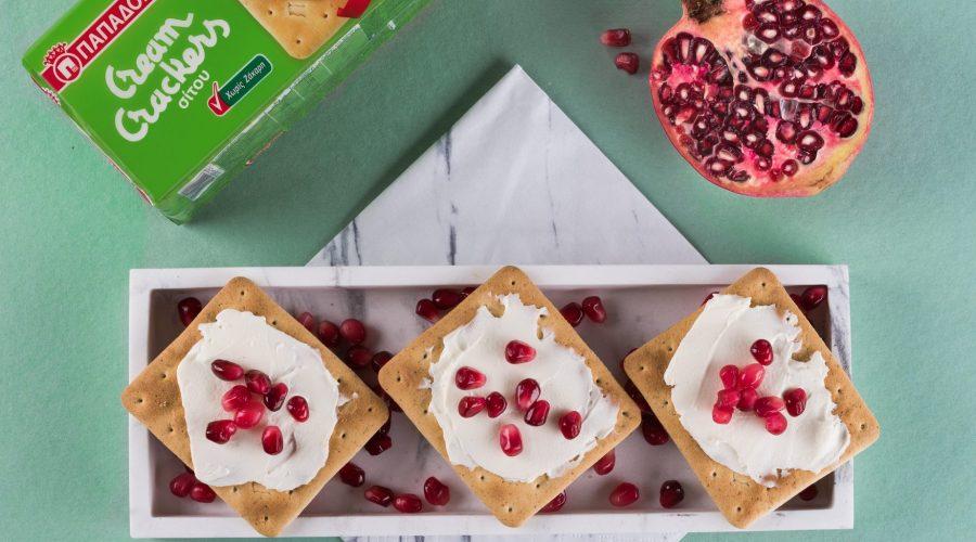 Top slider image for Γρήγορο πρωινό με Cream Crackers Χωρίς Ζάχαρη και ρόδι