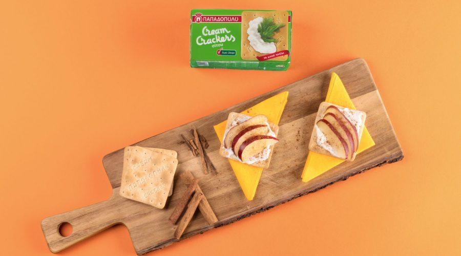 Top slider image for Εύκολο πρωινό με Cream Crackers, γιαούρτι, μήλο και κανέλα