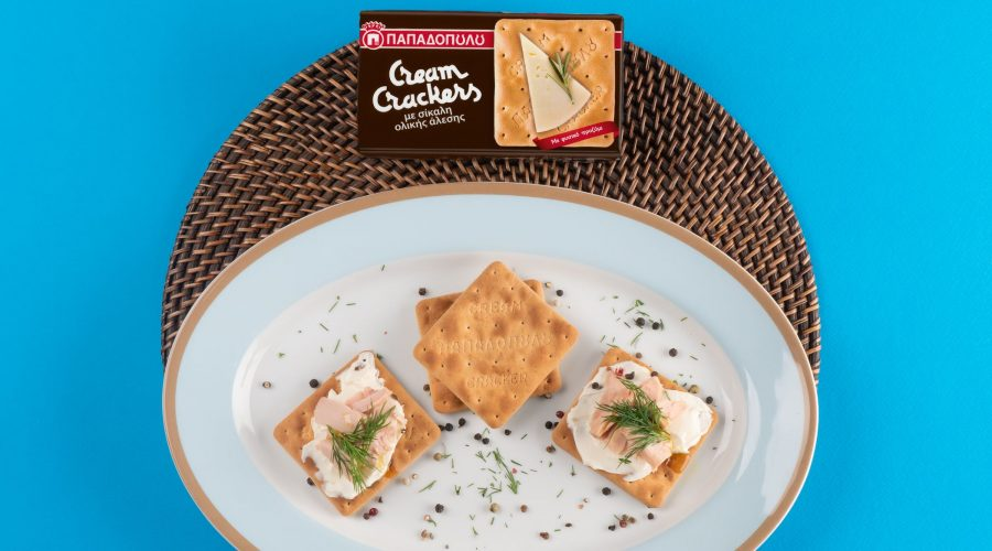 Top slider image for Ελαφρύ βραδινό με Cream Crackers, τυρί κρέμα, τόνο και άνηθο