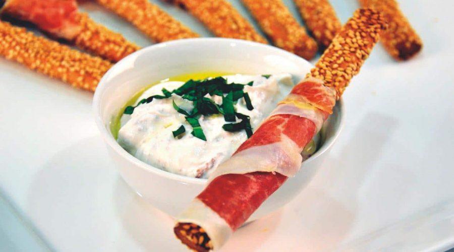 Top slider image for Ντιπ με βασιλικό και σκόρδο και Κριτσίνια μακεδονικά Παπαδοπούλου με προσούτο