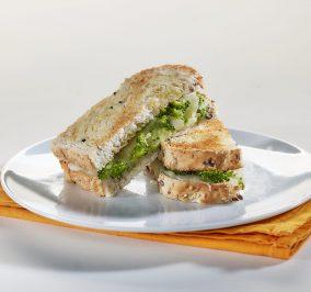 image for Το σάντουιτς του περιβολιού με ψωμί Χωριανό Παπαδοπούλου Πολύσπορο
