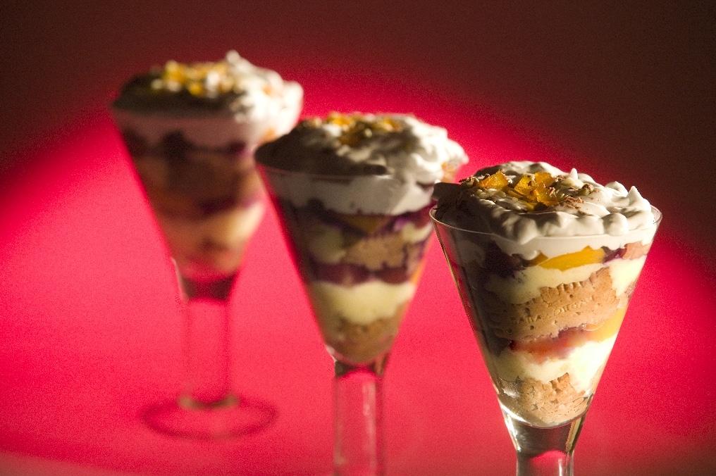 Top slider image for Αγγλικό παραδοσιακό Trifle με Πτι Μπερ Παπαδοπούλου