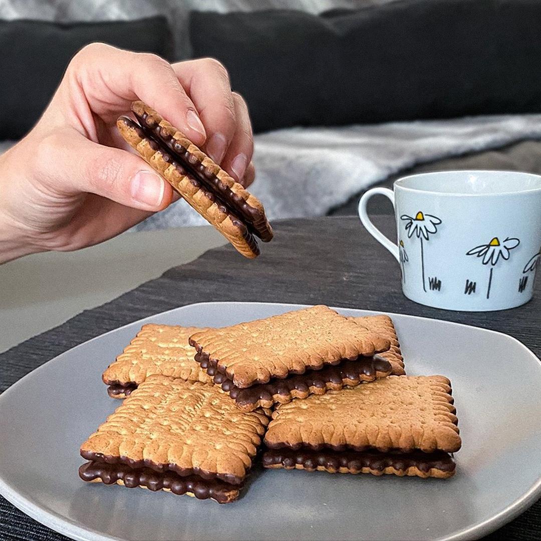 image for Πτι Μπερ με επικάλυψη σοκολάτας, τέλεια με τον καφέ!