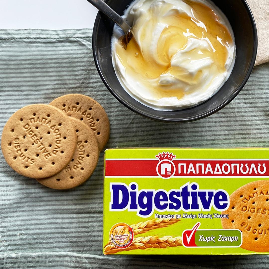 Image for Digestive Παπαδοπούλου Χωρίς Ζάχαρη με άπαχο γιαούρτι και μέλι