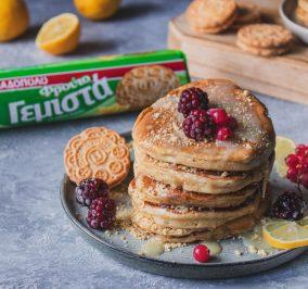 image for Pancakes με ΦρουτοΓεμιστά Λεμόνι και λευκή σοκολάτα