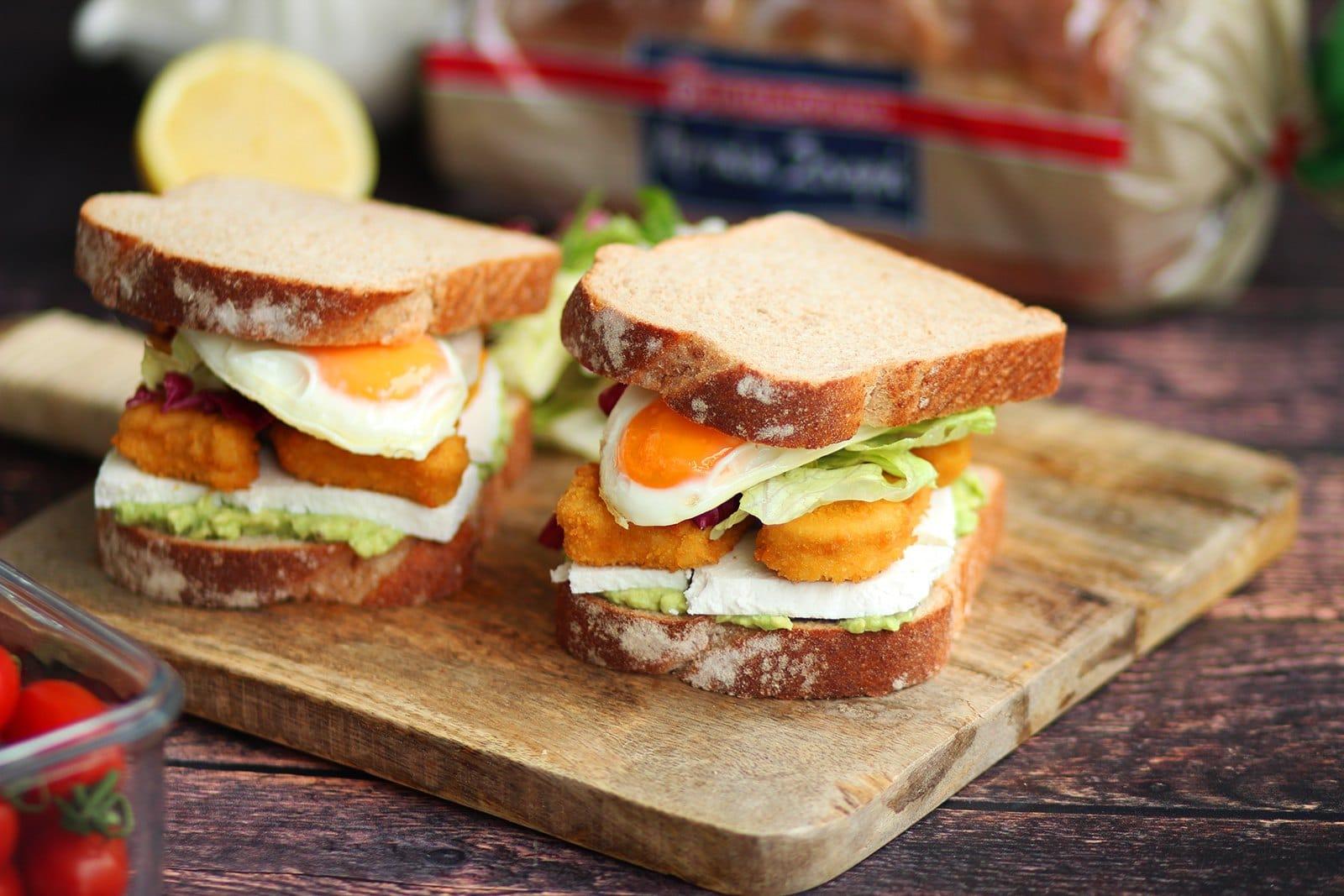 Featured image for Brunch με Αρχαία Σπορά με δίκοκκο σιτάρι ολικής, αβοκάντο, κοτόπουλο και αυγό