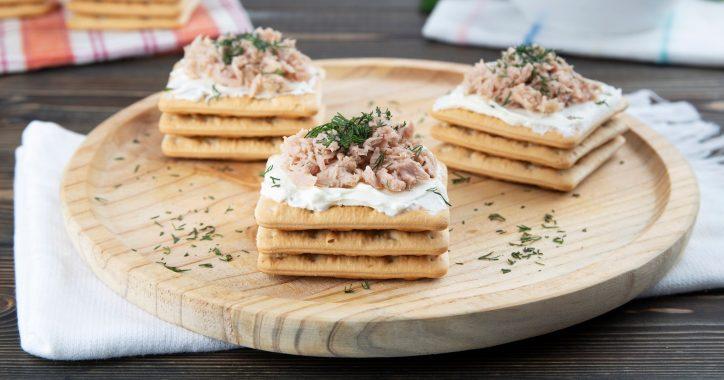 image for Εύκολο, γρήγορο και ελαφρύ βραδινό με Cream Crackers