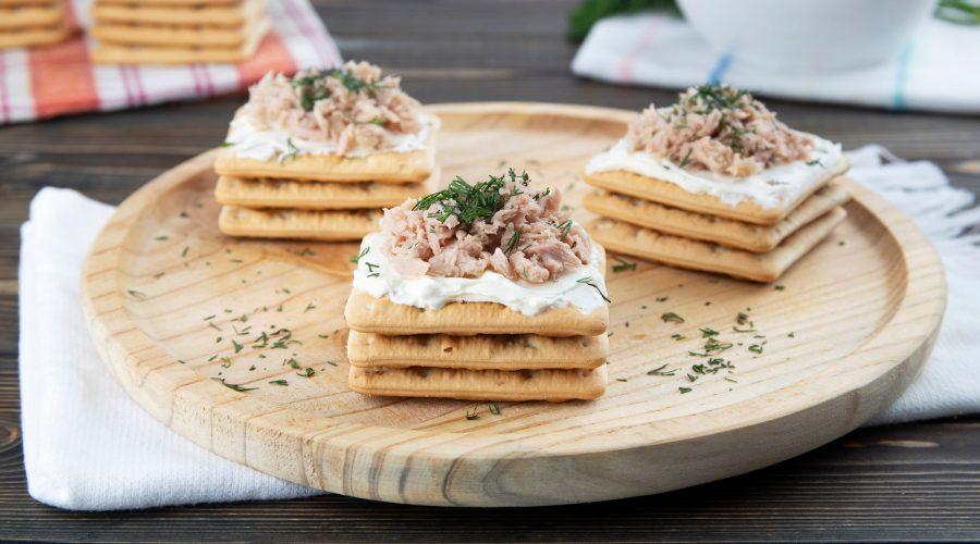 Top slider image for Εύκολο, γρήγορο και ελαφρύ βραδινό με Cream Crackers