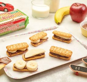 Banner for Sandwiches με μπισκότα Μιράντα ταχίνι κακάο και φρούτα